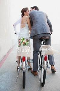 Limuzína, kočár nebo balon na svatbu?