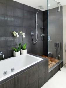 Obklady do koupelny jsou v různých barvách a tvarech